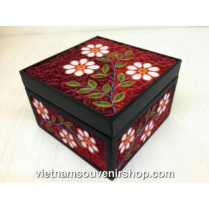 Hanmade Vietnam Jewelry box with Handcrafted Quilling - White Flower pattern